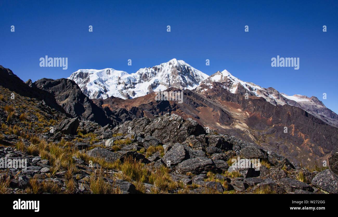 Crossing the Abra Illampu Pass, Cordillera Real Traverse, Bolivia Stock Photo