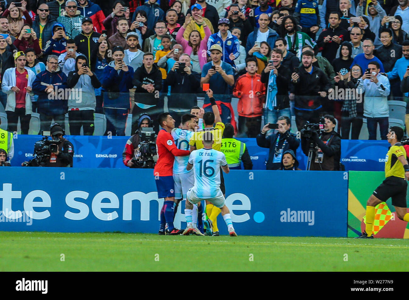 Brazil. 6th July, 2019. Messi in the Game of the match between Argentina X Chile valid for third place dispute of Copa America 2019, in the Arena Corinthians, in São Paulo, this Saturday (06). Photo: Geraldo Bubniak Credit: Geraldo Bubniak/ZUMA Wire/Alamy Live News - Stock Image