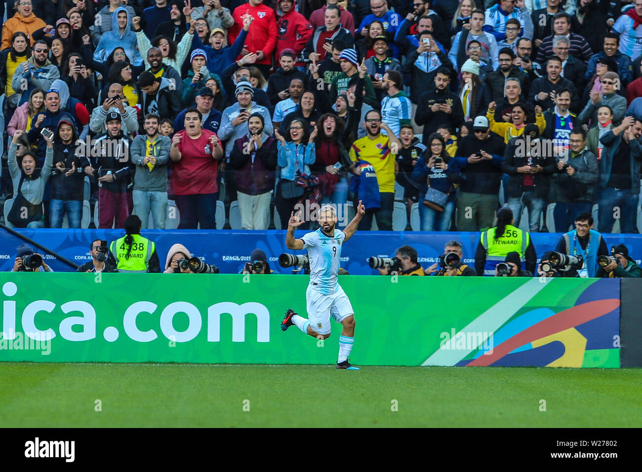 Brazil. 6th July, 2019. Aguero celebrate goal in the Game of the match between Argentina X Chile valid for third place dispute of Copa America 2019, in the Arena Corinthians, in São Paulo, this Saturday (06). Photo: Geraldo Bubniak Credit: Geraldo Bubniak/ZUMA Wire/Alamy Live News - Stock Image