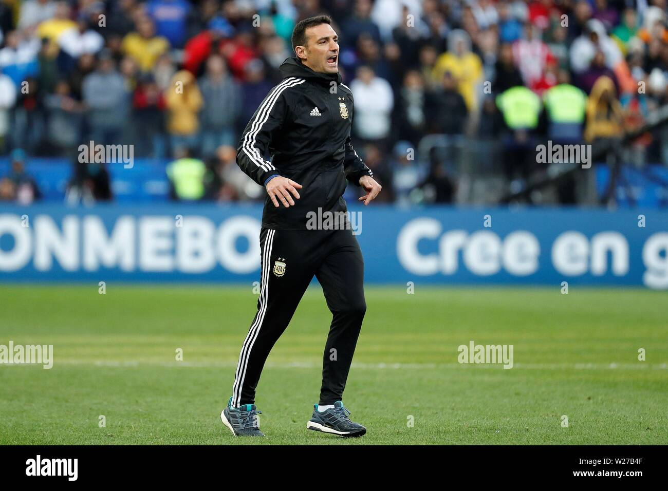 Sao Paulo, Brazil. 06th July, 2019. Argentine head coach Lionel Scaloni reacts, during the Copa America 2019 3rd place soccer match between Argentina and Chile, at Arena Corinthians Stadium in Sao Paulo, Brazil, 6 July 2019. Credit: Sebastiao Moreira/EFE/Alamy Live News - Stock Image