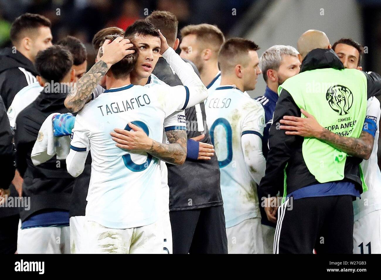 Sao Paulo, Brazil. 06th July, 2019. Argentine players celebrate after winning the Copa America 2019 3rd place soccer match between Argentina and Chile, at Arena Corinthians Stadium in Sao Paulo, Brazil, 6 July 2019. Credit: Sebastiao Moreira/EFE/Alamy Live News - Stock Image