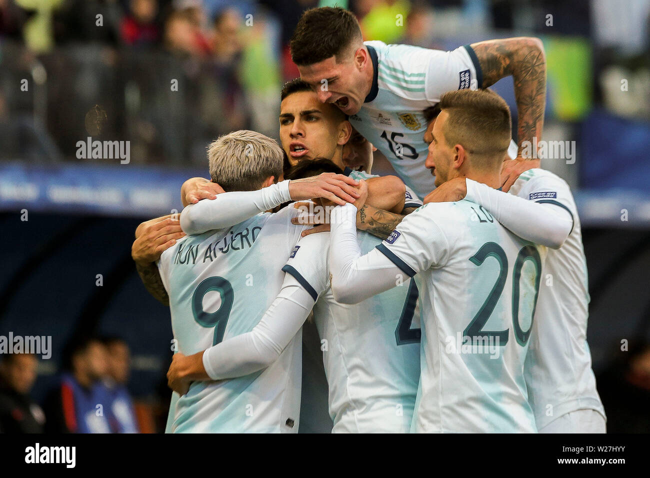 6th July 2019, Arena Corinthians Stadium, Sao Paulo, Brazil; Copa America international football, 3rd-4th playoff final, Argentina versus Chile; Sergio Agüero of Argentina celebrates his goal for 1-0 in the 12th minute with team mates - Stock Image