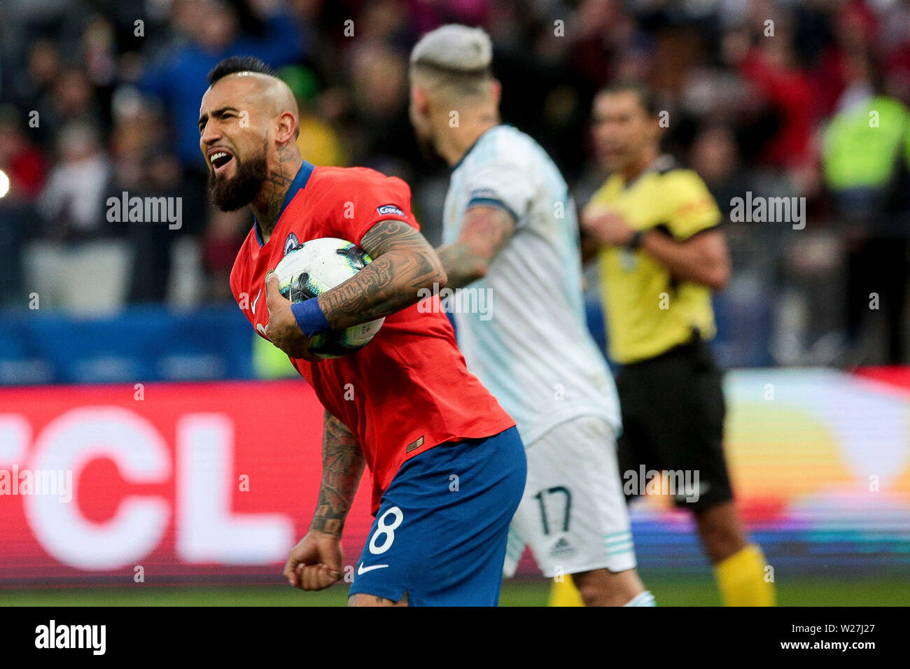6th July 2019, Arena Corinthians Stadium, Sao Paulo, Brazil; Copa America international football, 3rd-4th playoff final, Argentina versus Chile; Arturo Vidal of Chile celebrates his goal from the penalty spot for 2-1 in the 59th minute - Stock Image