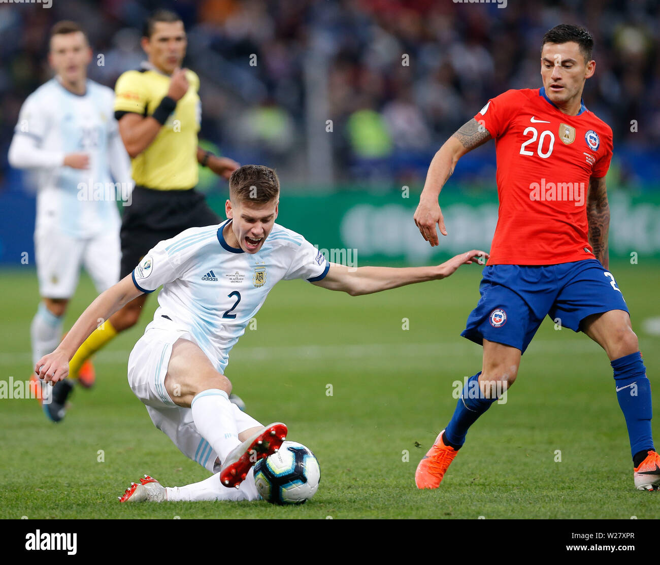 SÃO PAULO, SP - 06.07.2019: ARGENTINA VS. CHILE - Juan Foyth of Argentina is missing during a match between Argentina and Chile, valid for the third place match of the Copa América 2019, held this Saturday (06) at the Corinthians Arena in São Paulo, SP. (Photo: Marcelo Machado de Melo/Fotoarena) - Stock Image