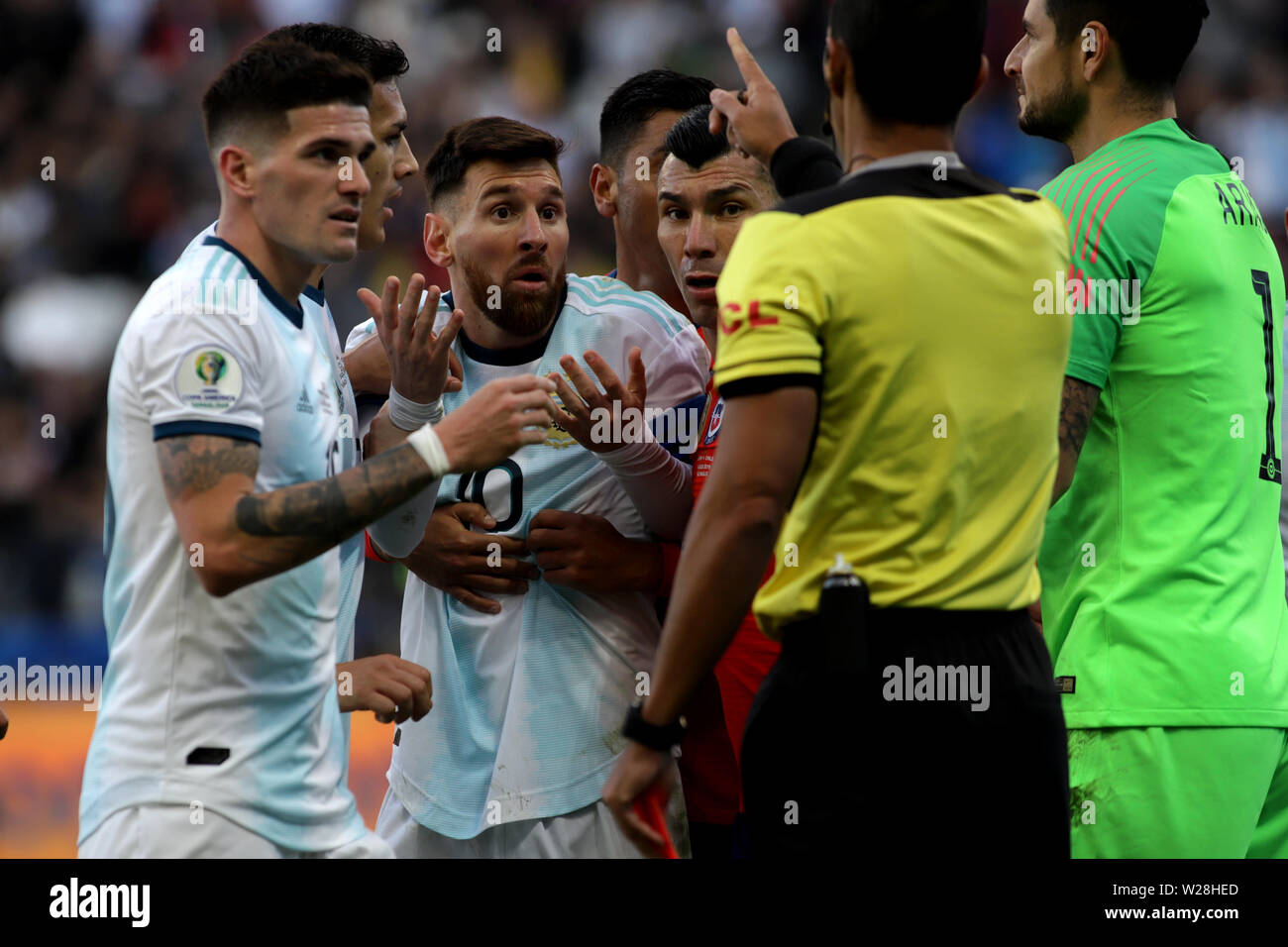 Sao Paulo, Brazil. 6th July, 2019. Argentina's Lionel Messi (3rd L) reacts after he recieved a red card during the 3rd place match of Copa America 2019 between Argentina and Chile in Sao Paulo, Brazil, July 6, 2019. Credit: Rahel Patrasso/Xinhua/Alamy Live News - Stock Image