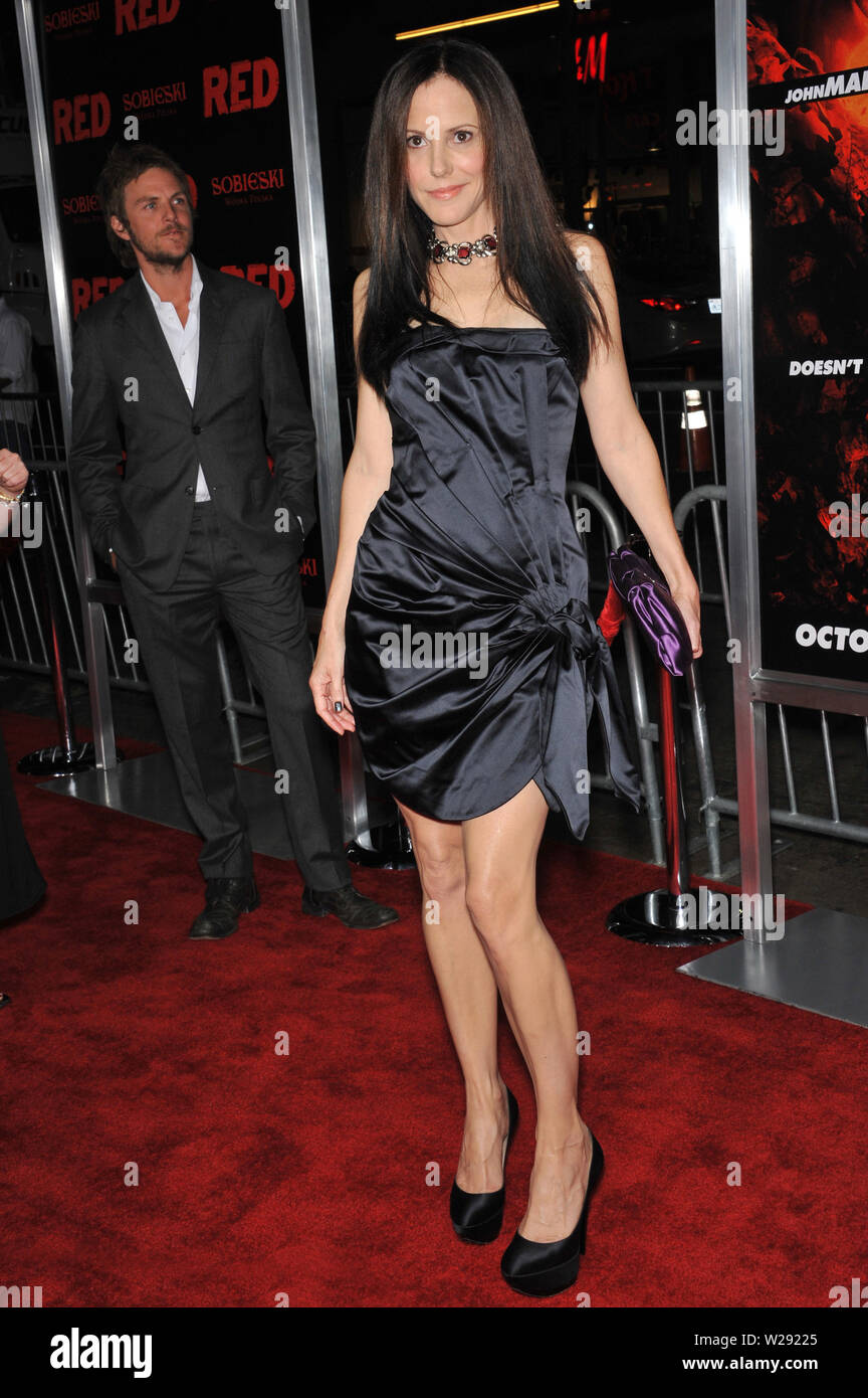 Los Angeles Ca October 11 2010 Mary Louise Parker At The Premiere Of Her New Movie Red At Grauman S Chinese Theatre Hollywood C 2010 Paul Smith Featureflash Stock Photo Alamy