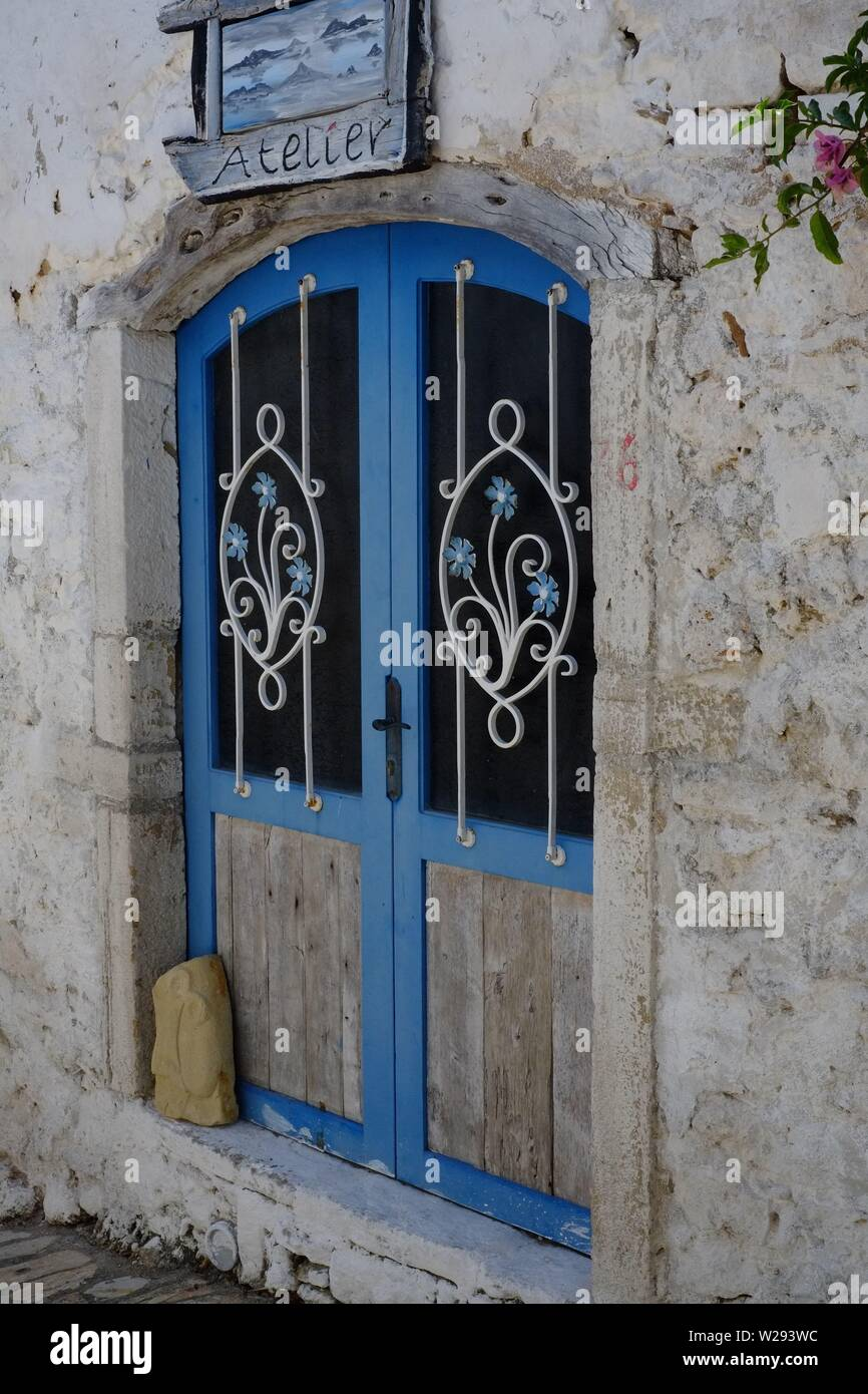 Afionas village designed and patterned door in traditional Greek style - Stock Image