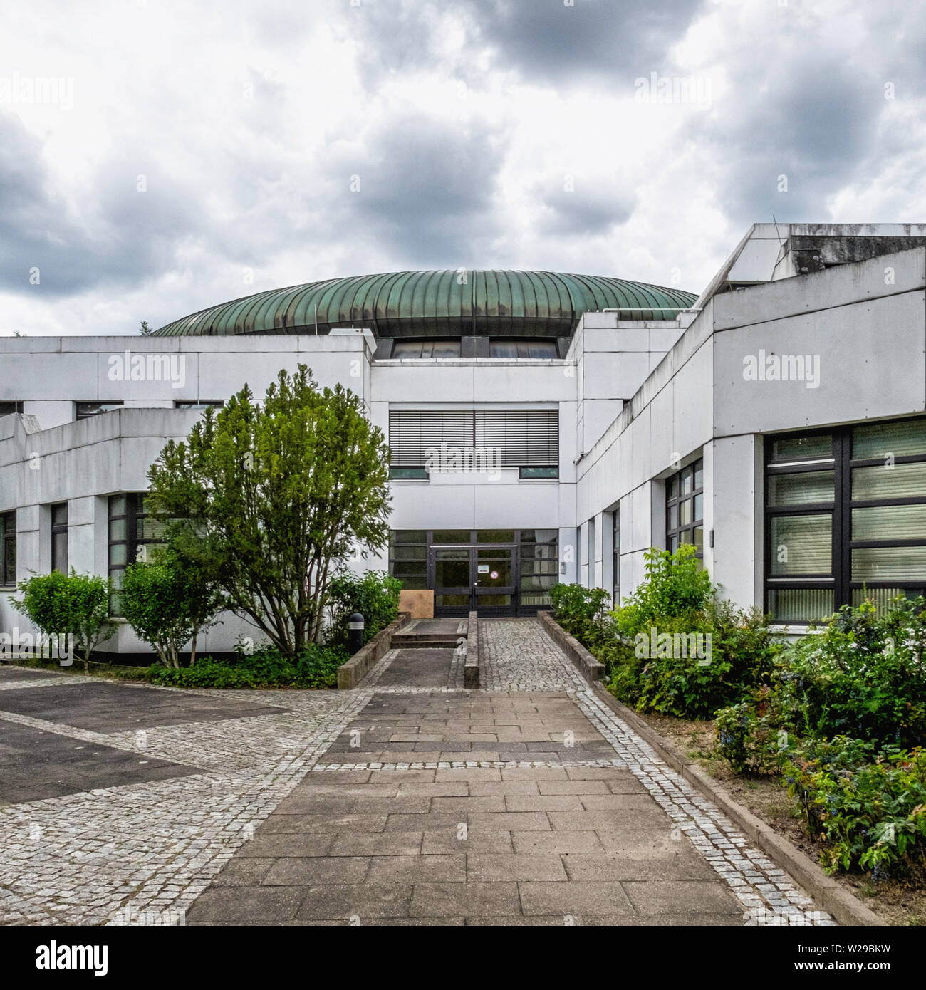 State office for Measurement and Calibration with  green domed, circular former electron storage ring building (BESSY 1) in Dahlem-Berlin - Stock Image