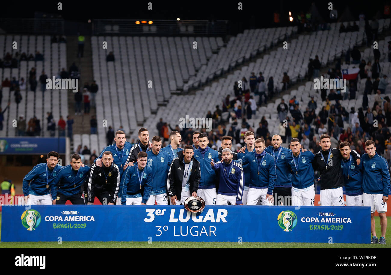 Sao Paulo, Brazil . 06th July, 2019. SÃO PAULO, SP - 06.07.2019: ARGENTINA VS. CHILE - Argentine players pose for official photo of 3rd place after Argentina/Chile match, valid for the third place match of the Copa América 2019, held this Saturday (06) at the Corinthians Arena in São Paulo, SP. (Photo: Marcelo Machado de Melo/Fotoarena) Credit: Foto Arena LTDA/Alamy Live News - Stock Image