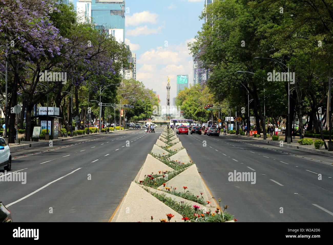 Paseo de la Reforma Avenue, Mexico city. - Stock Image