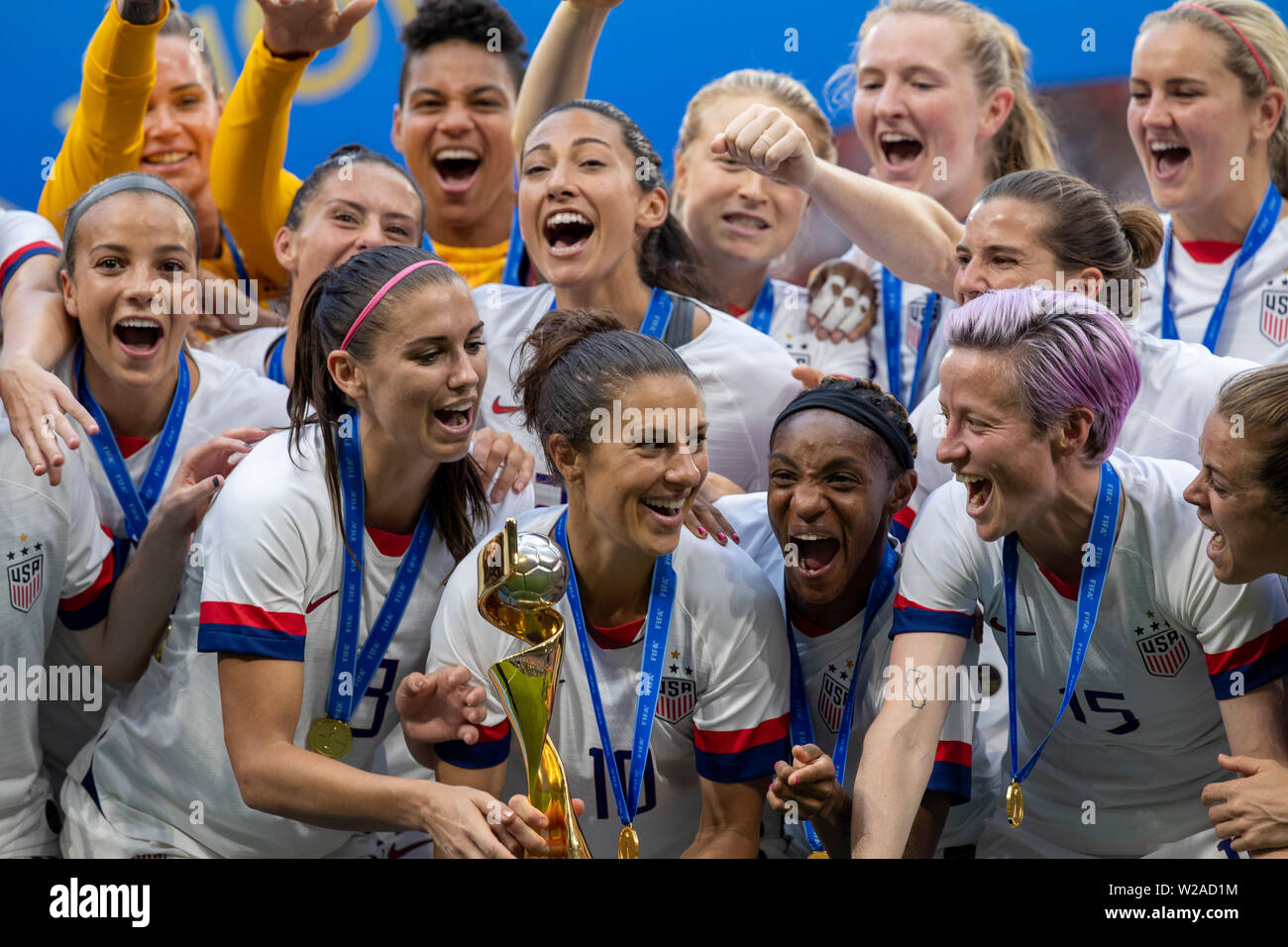 Lyon, France. 07th July, 2019. Megan Rapinoe, Carli Lloyd, Alex Morgan Crystal Dunn and United States sealing commemorates after the United States won the 2019 FIFA Women's Worup Cup Final against the Netherlands at the Lyon Stadium in Lyon, France. Credit: Foto Arena LTDA/Alamy Live News - Stock Image
