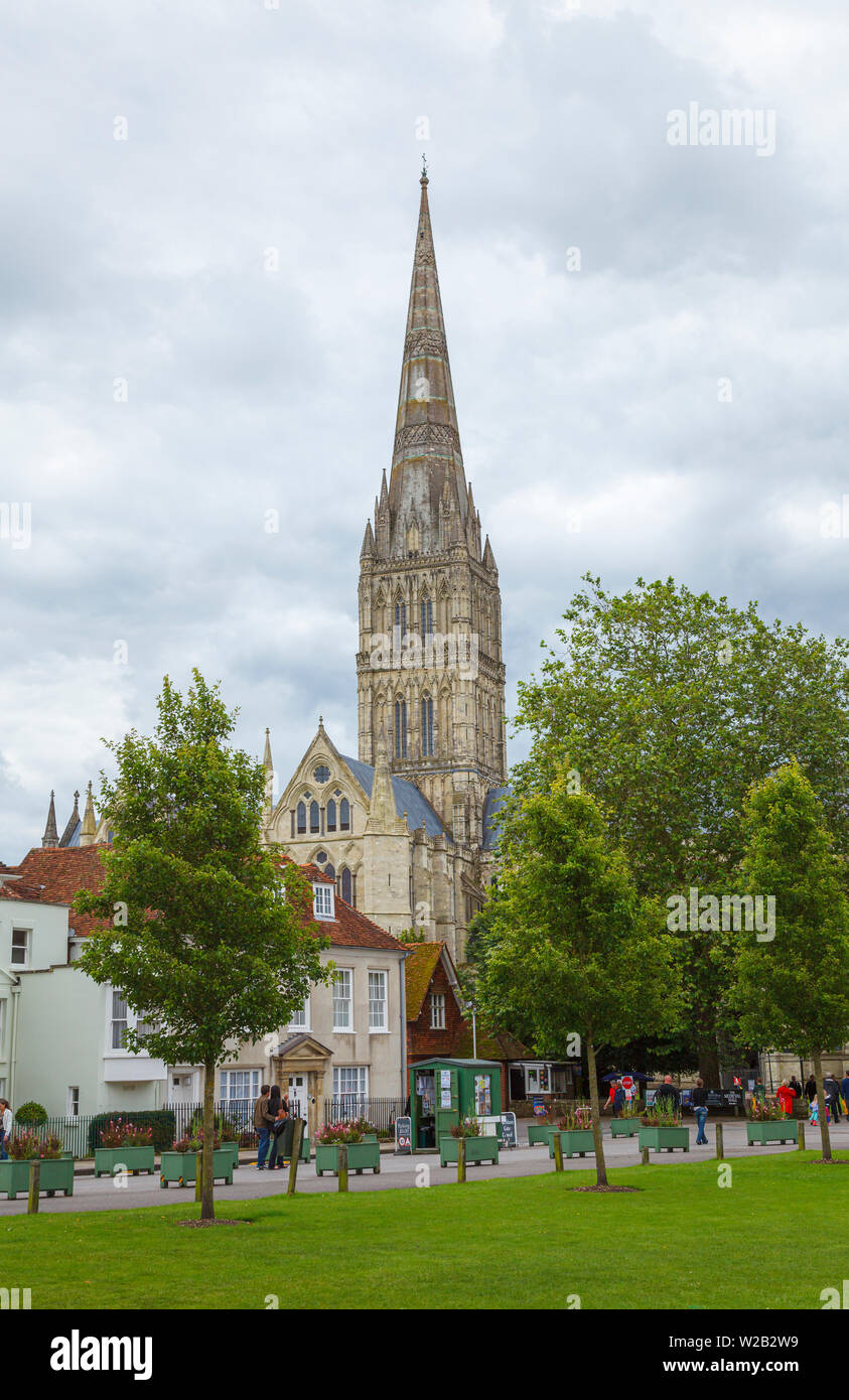 View from Cathedral Close of Salisbury Cathedral, an iconic Gothic masterpiece with the tallest spire, Salisbury, Wiltshire, south-west England, UK Stock Photo