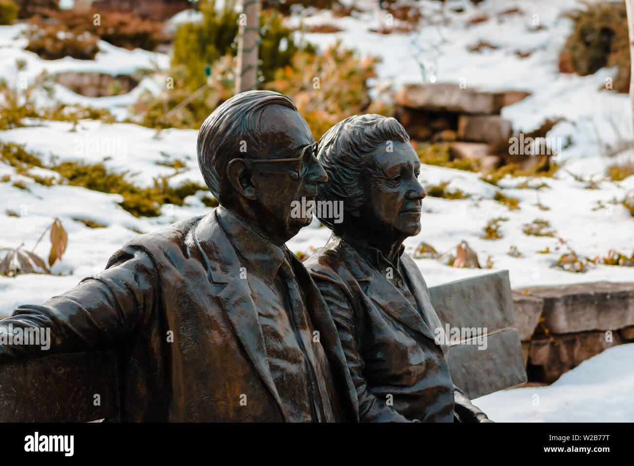 Shot of a statue of Frederick Meijer and his wife - Stock Image
