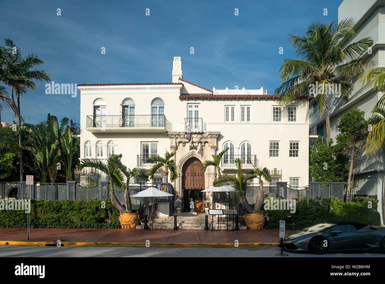 FRONT ENTRANCE CASA CASUARINA HOTEL OCEAN DRIVE MIAMI BEACH FLORIDA USA - Stock Image