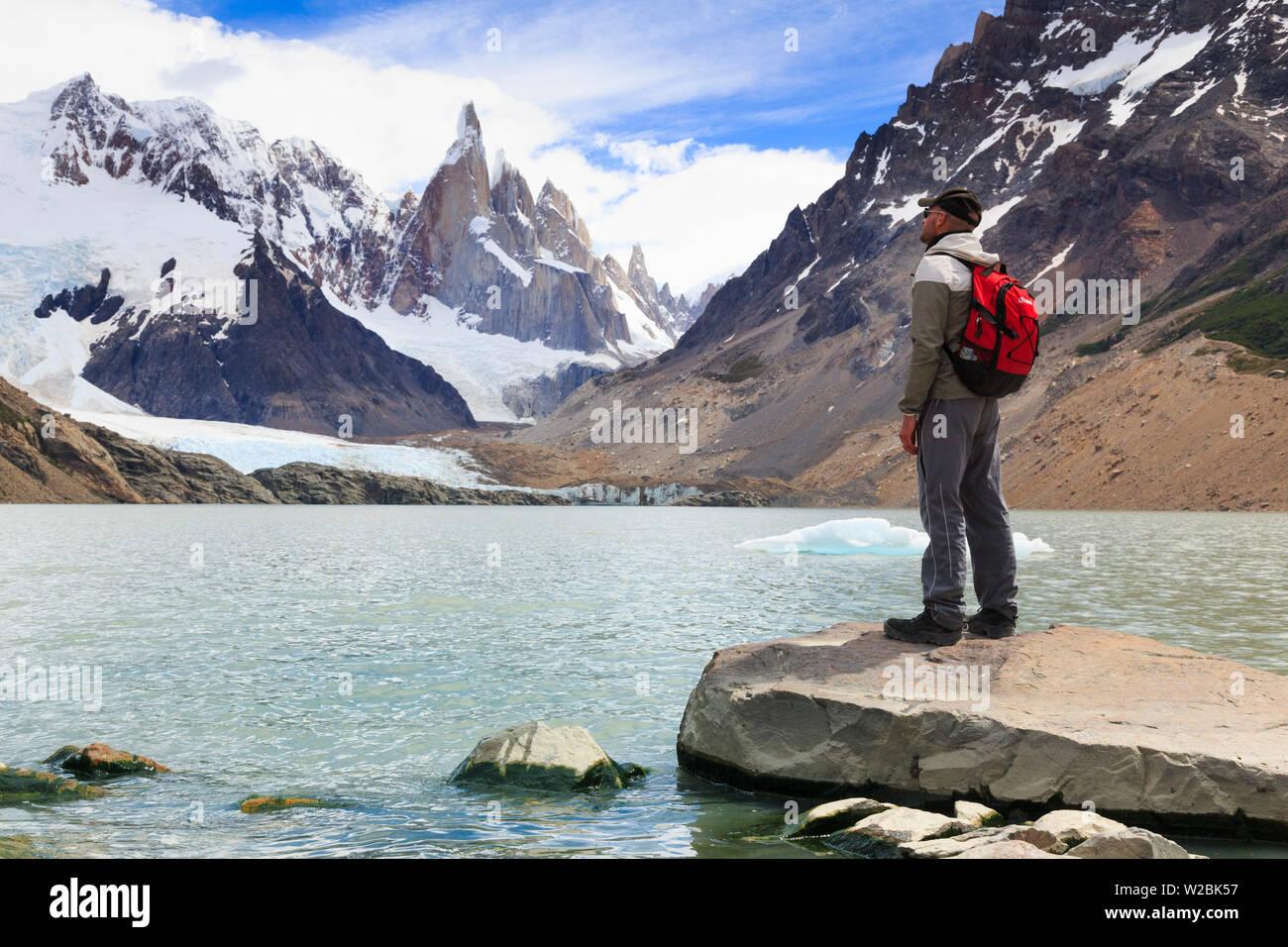 Argentina, Patagonia, El Chalten, Los Glaciares National Park, Laguna Torre and Cerro Torre Peak (MR) - Stock Image
