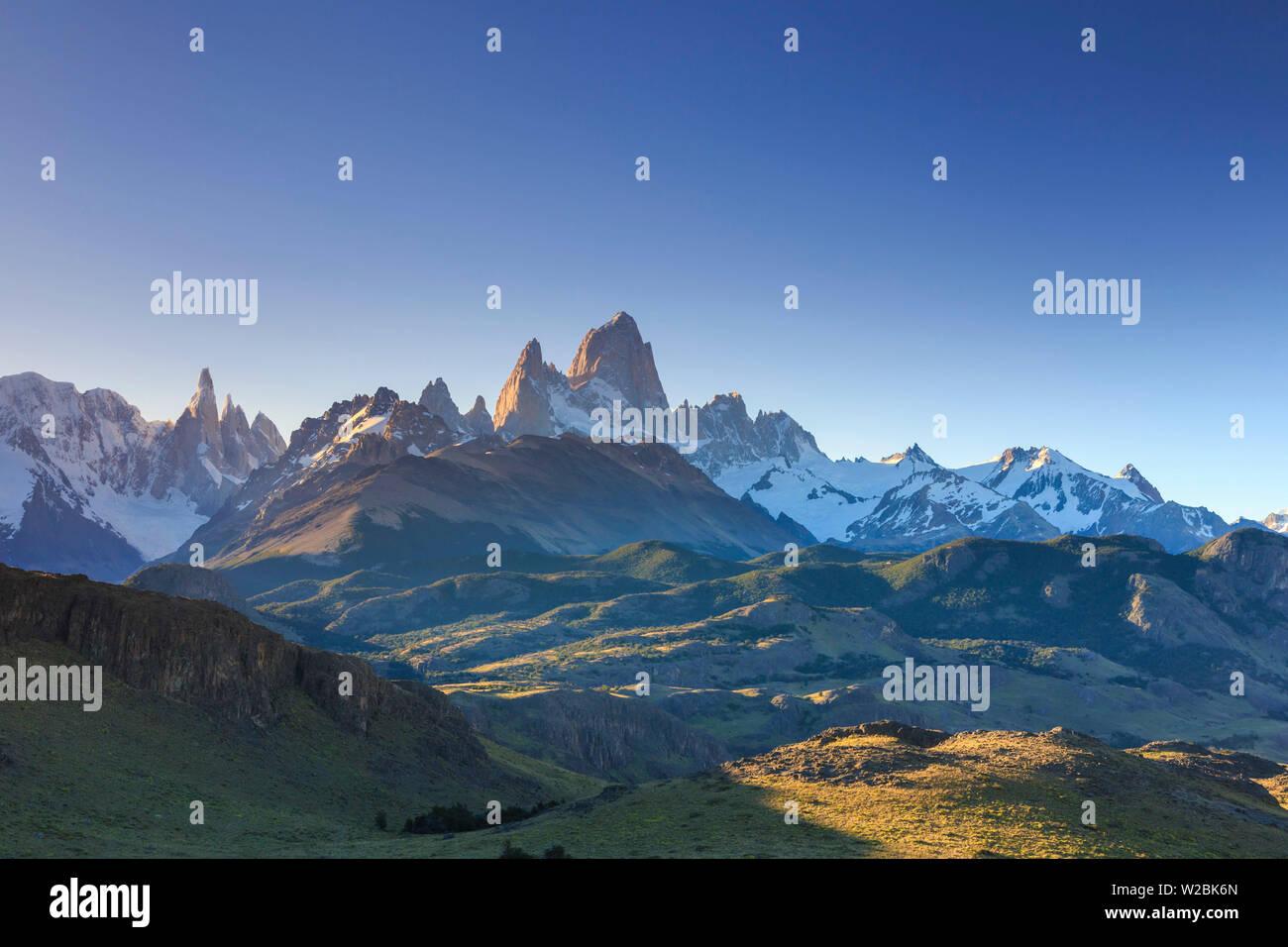 Argentina, Patagonia, El Chalten, Los Glaciares National Park, Cerro Torre and Cerro Fitzroy Peaks - Stock Image