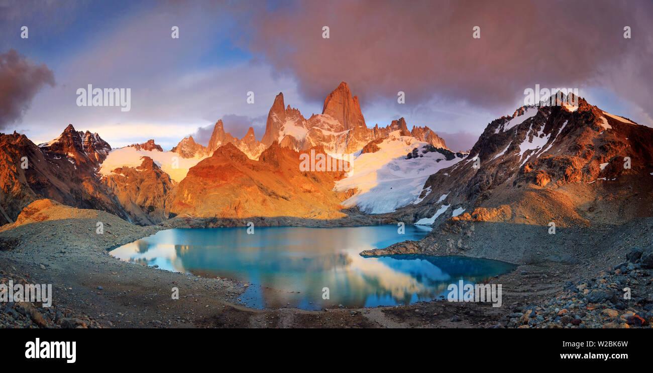 Argentina, Patagonia, El Chalten, Los Glaciares National Park, Cerro Fitzroy Peak and Laguna de los tres - Stock Image