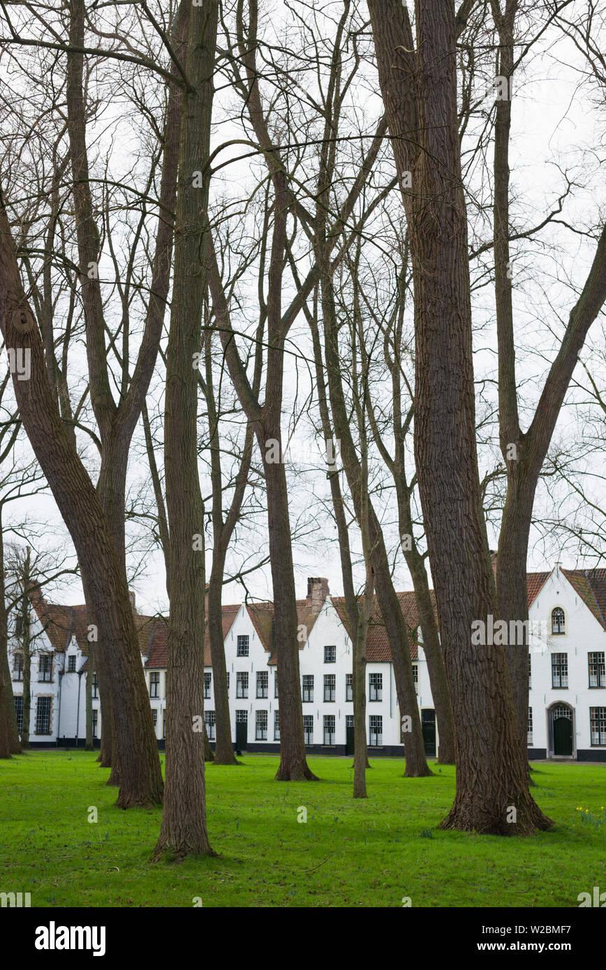 Belgium, Bruges, Begijnhof, 13th century convent, buildings Stock Photo