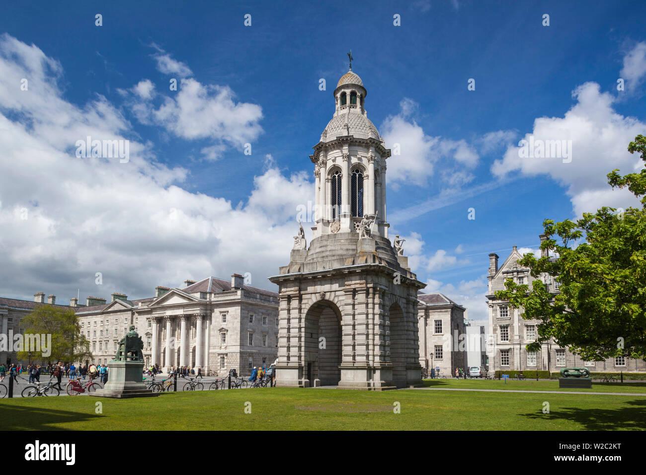 Ireland, Dublin, Trinity College, Parliament Square and Campanile - Stock Image
