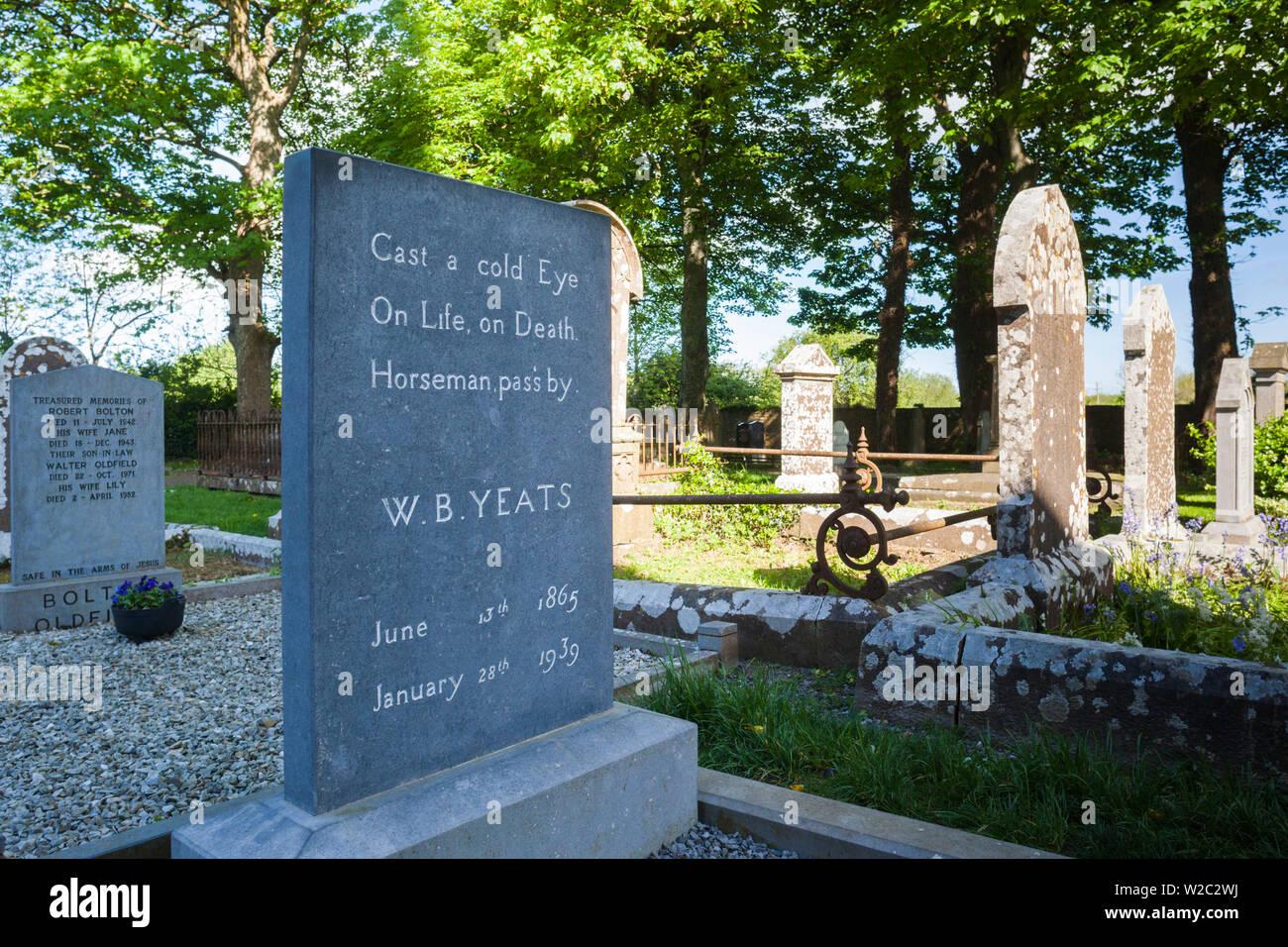 Ireland, County Sligo, Drumcliff, grave of poet WB Yeats - Stock Image