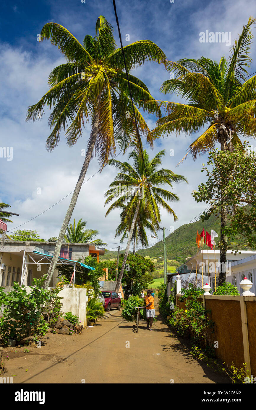 Small village in the Grand Port district, East Coast, Mauritius - Stock Image
