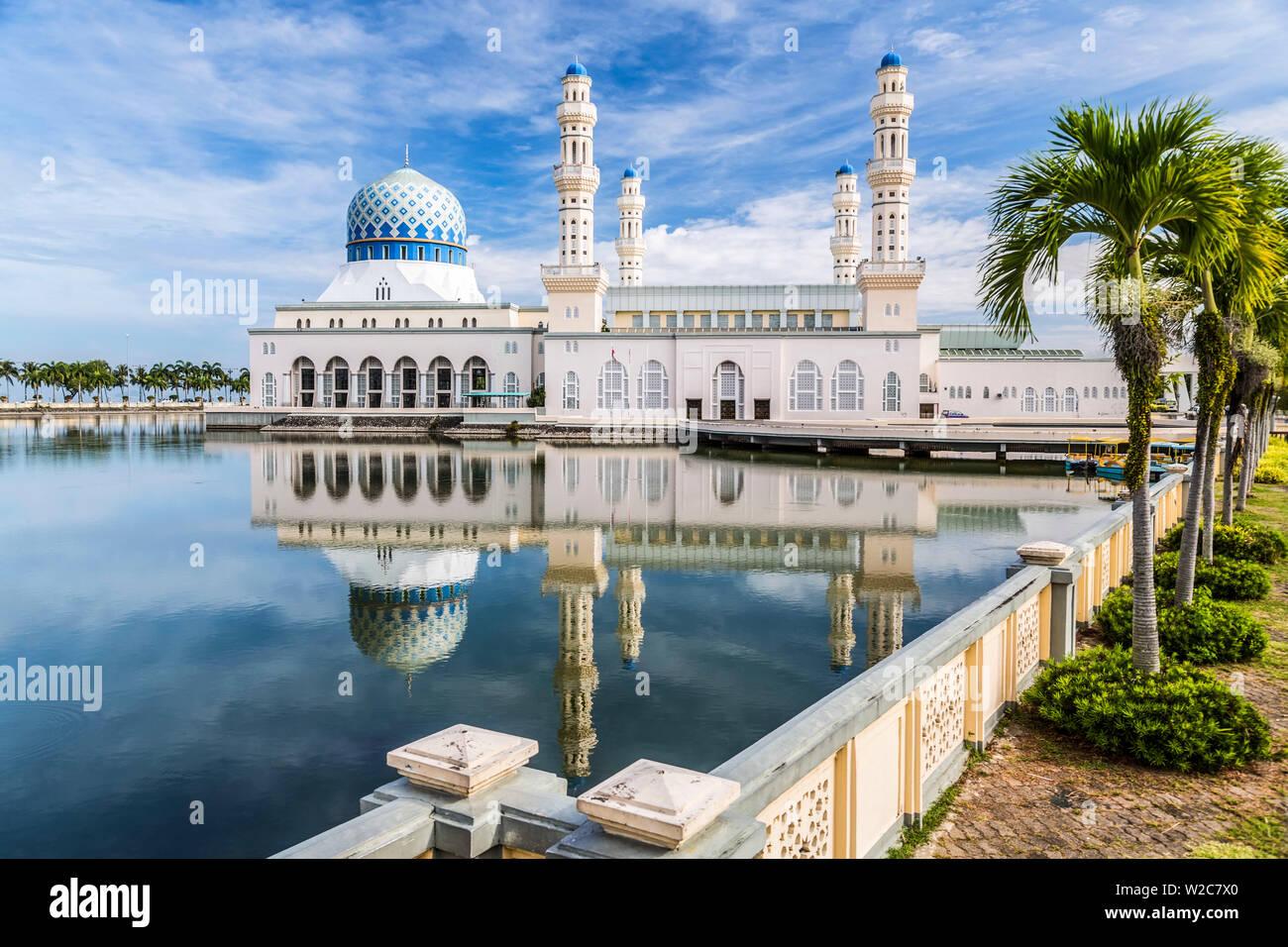 City Mosque at Likas Bay. Kota Kinabalu, Sabah, Borneo, Malaysia. - Stock Image
