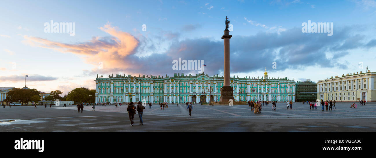 Russia, Saint Petersburg, Palace Square, Alexander Column and the Hermitage, Winter Palace - Stock Image