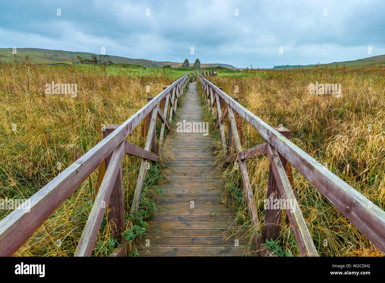UK, Scotland, Argyll and Bute, Islay,  Loch Finlaggan, Boardwalk to Eilean Mor (Large Island), centre of the Lordship of the Isles and Clan Macdonald Stock Photo