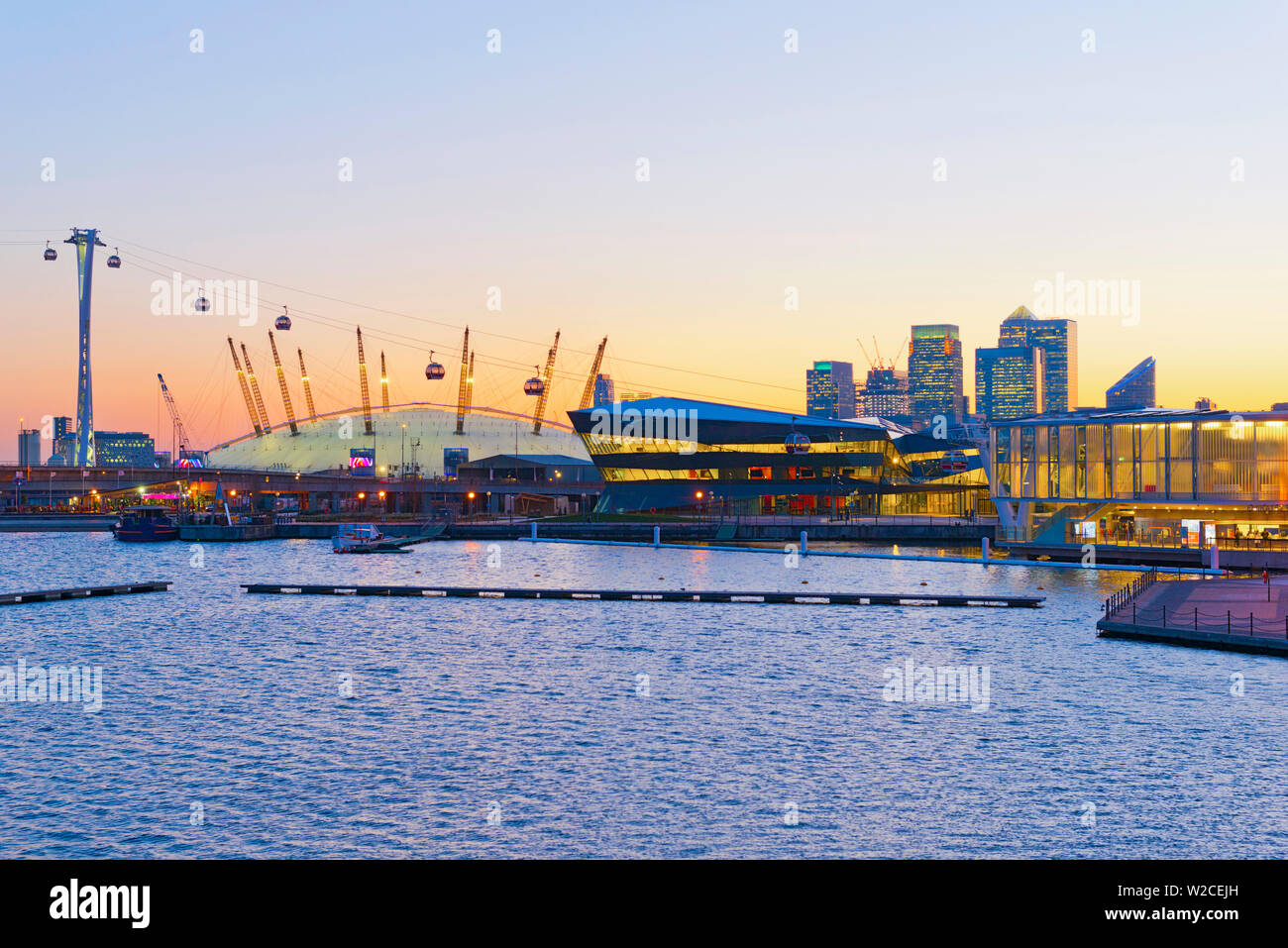 UK, England, London, Emirates Air Line or Thames Cable Car over River Thames, from Greenwich Peninsula to Royal Docks, viewed across Royal Victoria Dock Stock Photo