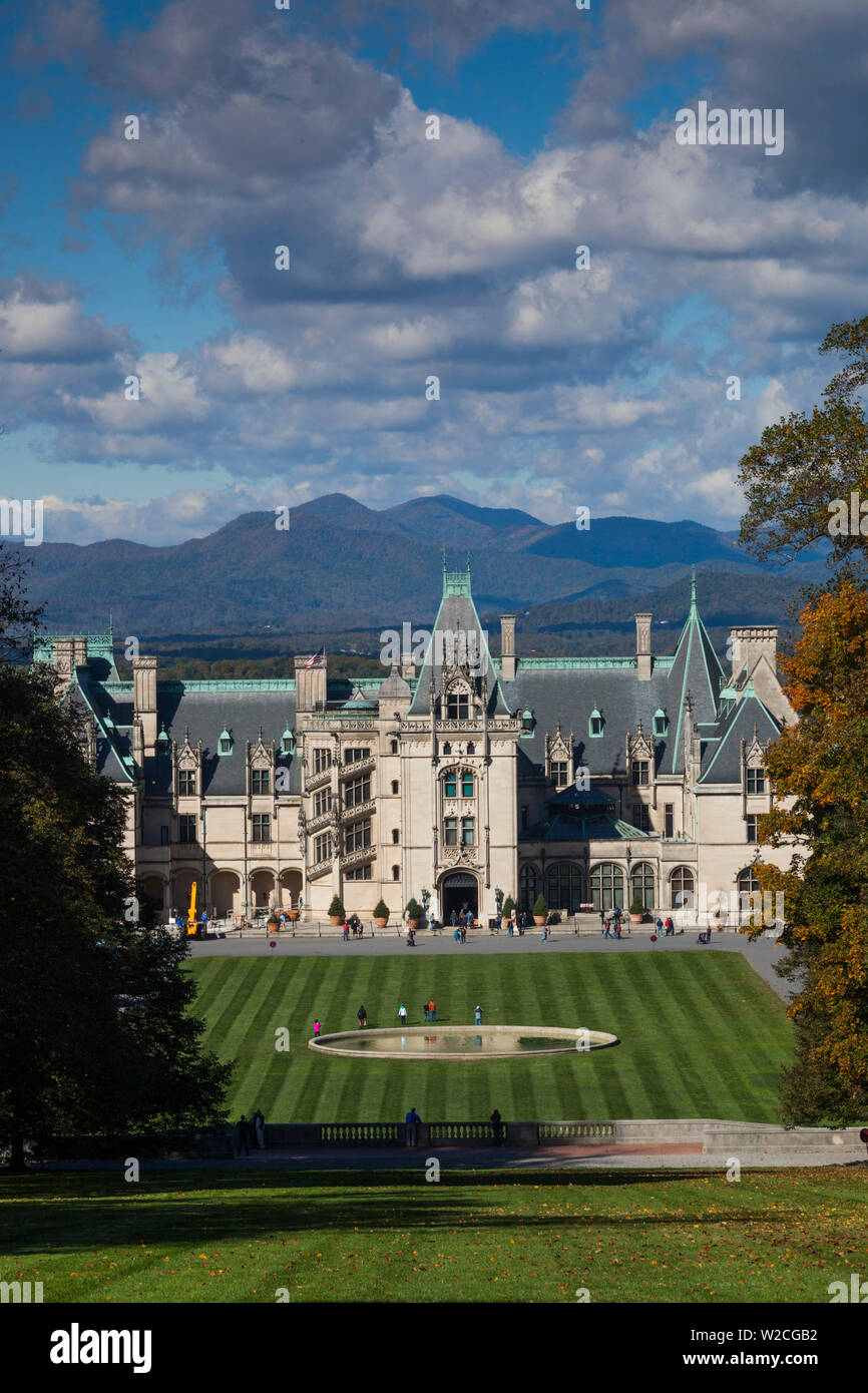USA, North Carolina, Asheville, The Biltmore Estate, 250 room home formerly owned by George Vanderbilt - Stock Image