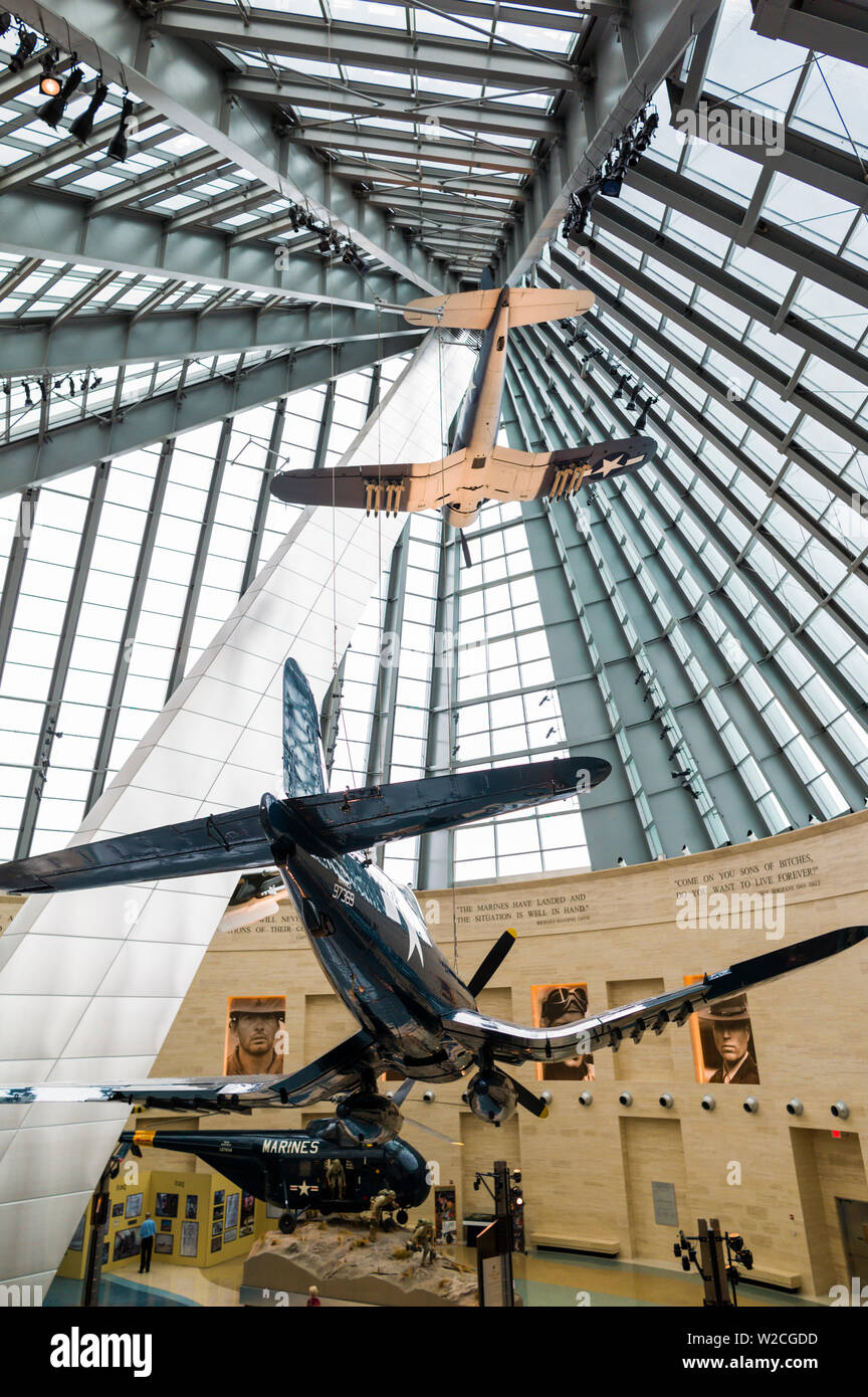 USA, Virginia, Triangle, National Museum of the Marine Corps, Leatherneck Gallery with WW2-era Corsair fighter plane - Stock Image