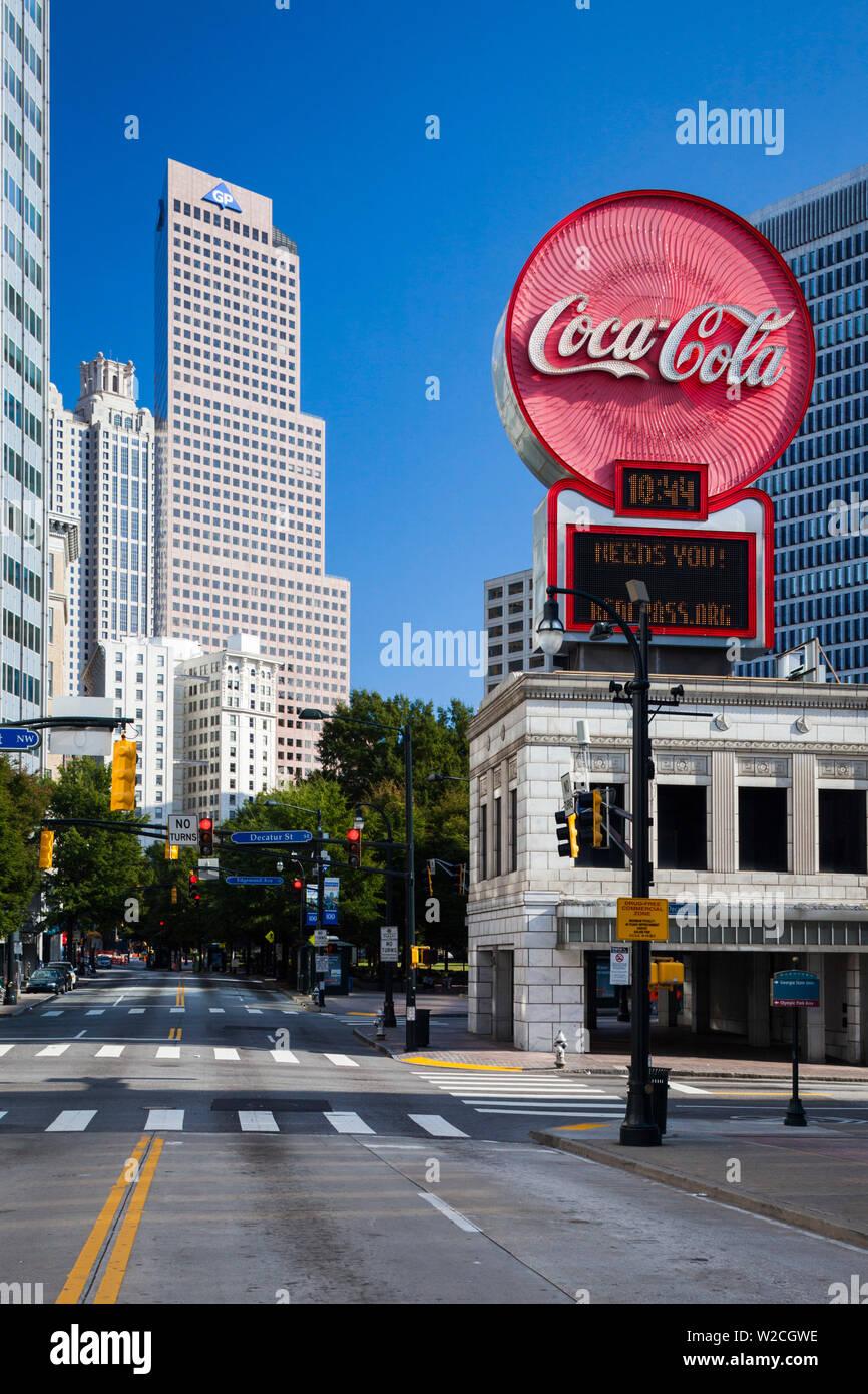 USA, Georgia, Atlanta, city skyline and Coca Cola sign - Stock Image