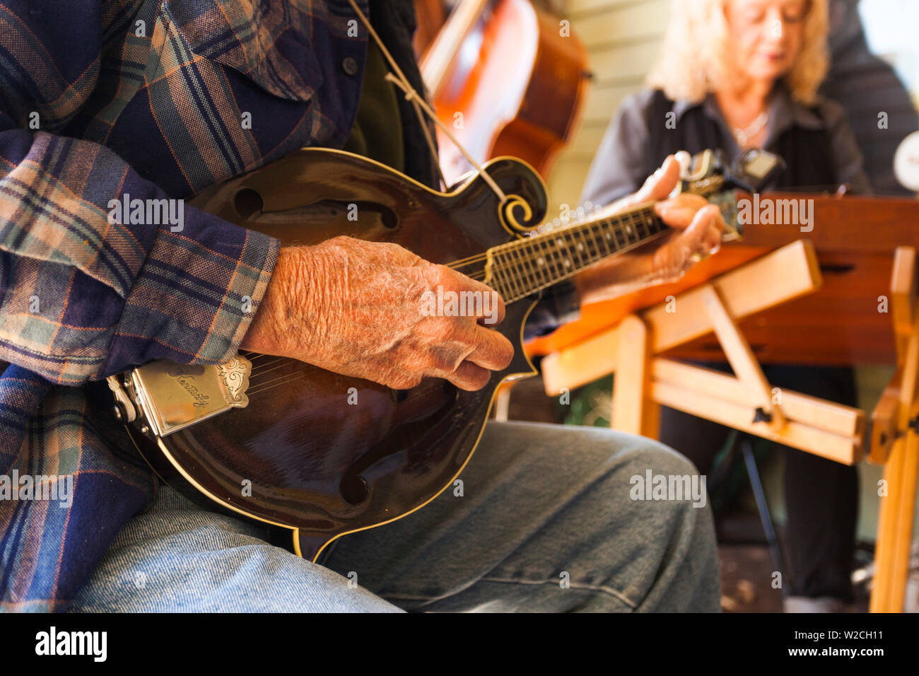 USA, Arkansas, Mountain View, Ozark Mountain bluegrass musicians Stock Photo