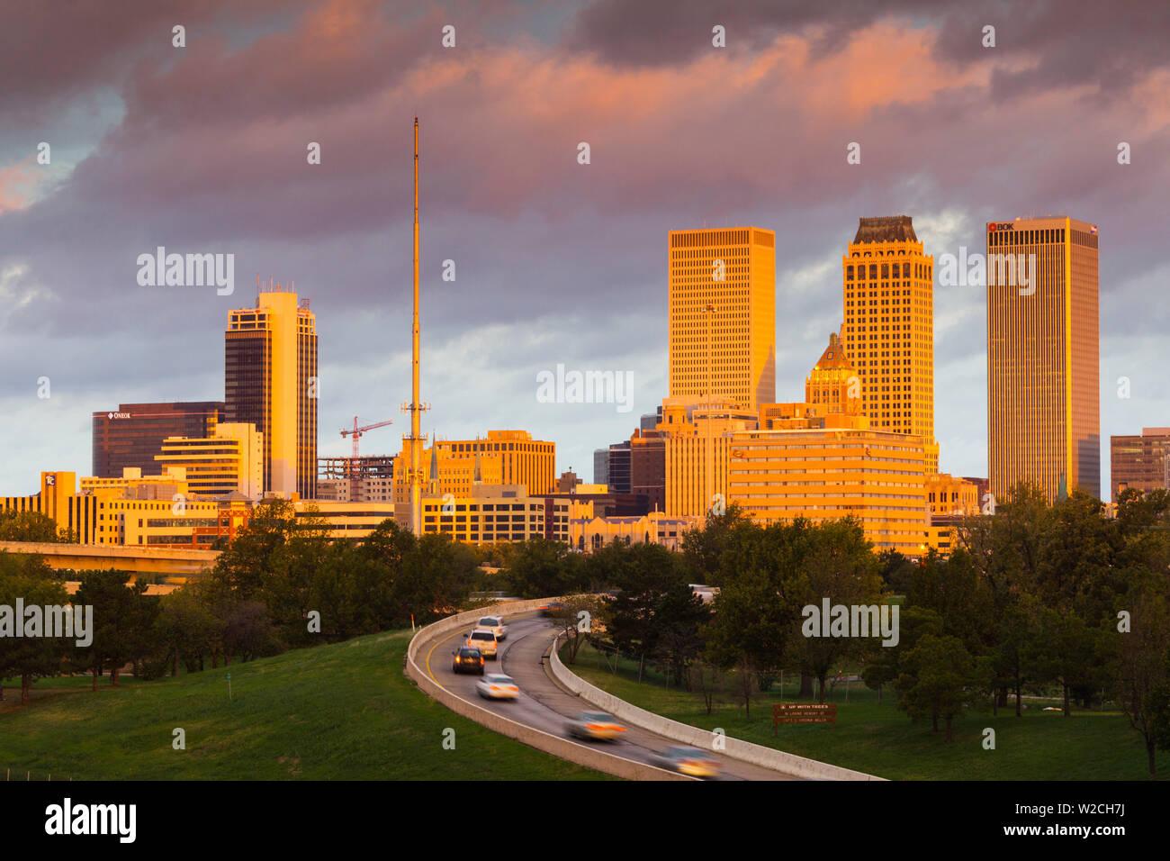 USA, Oklahoma, Tulsa, skyline from Route 75 Stock Photo