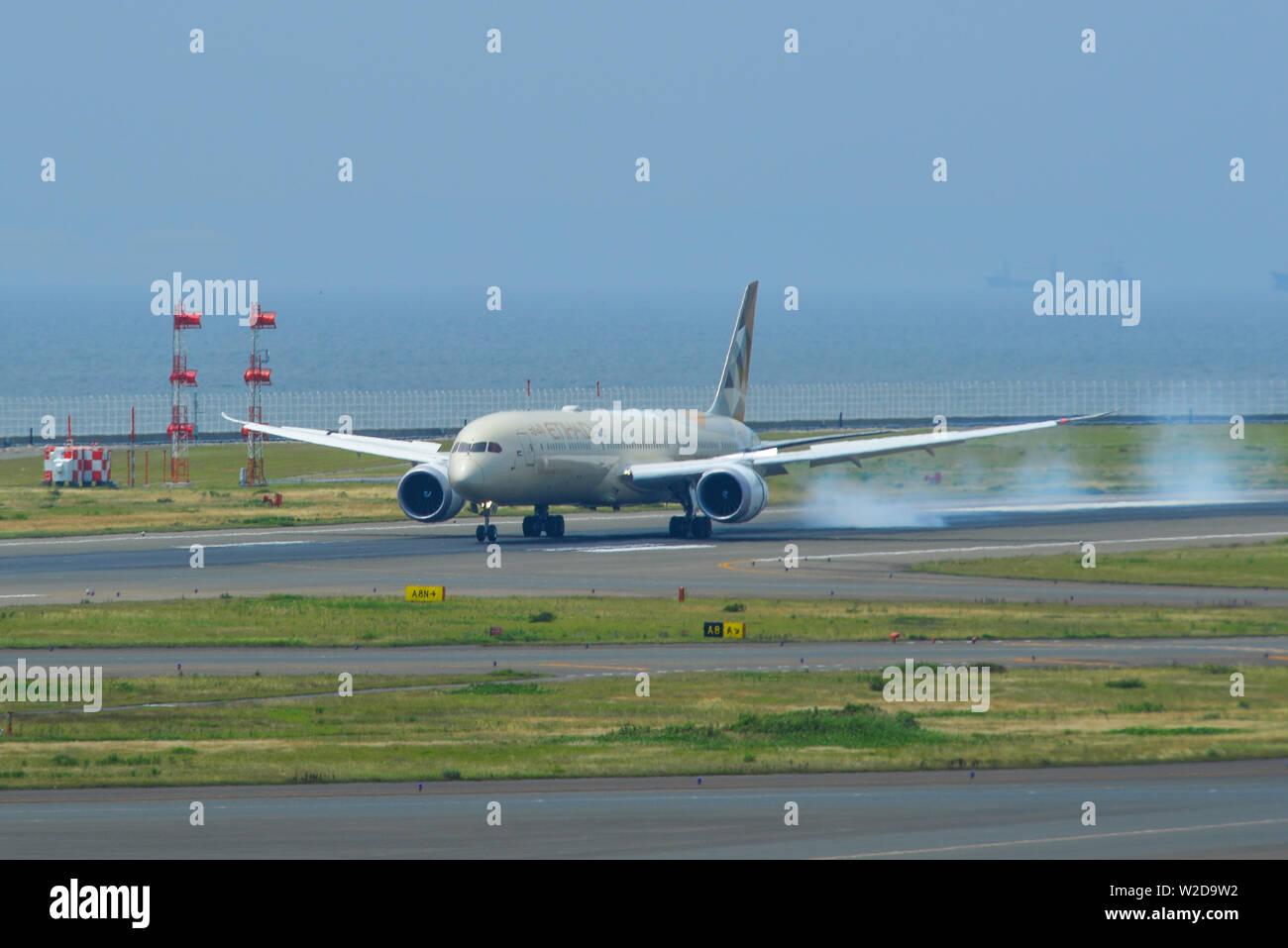Nagoya, Japan - Jun 29, 2019. A6-BMA Etihad Airways Boeing 787-10 Dreamliner landing at the Chubu Centrair International Airport (NGO). - Stock Image