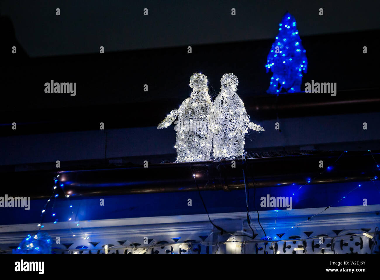 Beautiful Outdoor Christmas Lights Every Year Decorating Houses In Auckland New Zealand Stock Photo Alamy