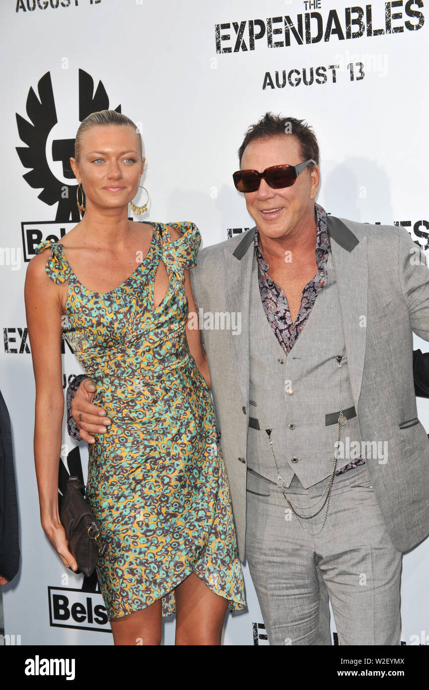 Mickey Rourke And Anastassija Makarenko High Resolution Stock Photography And Images Alamy Mickey rourke and anastassija makarenko have reportedly been together for 11 years, which is practically a lifetime in the business. https www alamy com los angeles ca august 03 2010 mickey rourke anastassija makarenko at the world premiere of his new movie the expendables at graumans chinese theatre hollywood 2010 paul smith featureflash image259713914 html