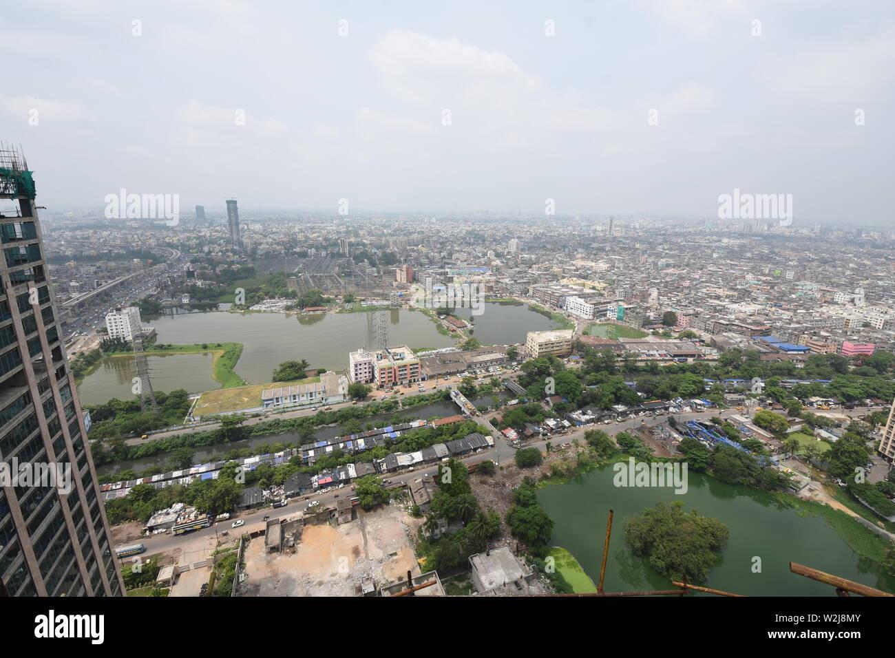 Elevated view of Topsia area, Kolkata, India. - Stock Image