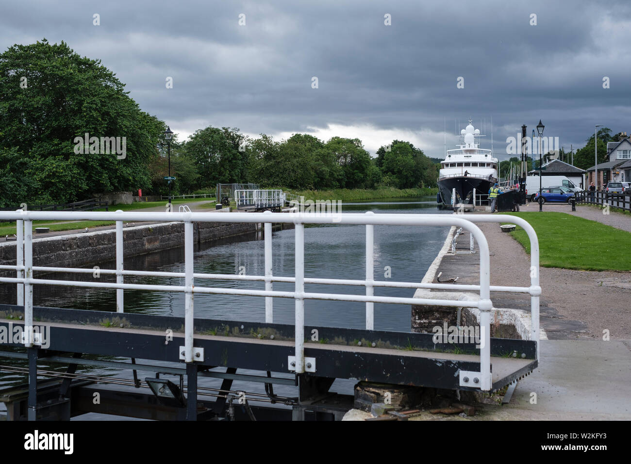 Luxury yacht 'Lady Rose' moored waiting to pass through Muirtown Locks, Caledonian Canal, Inverness - Stock Image