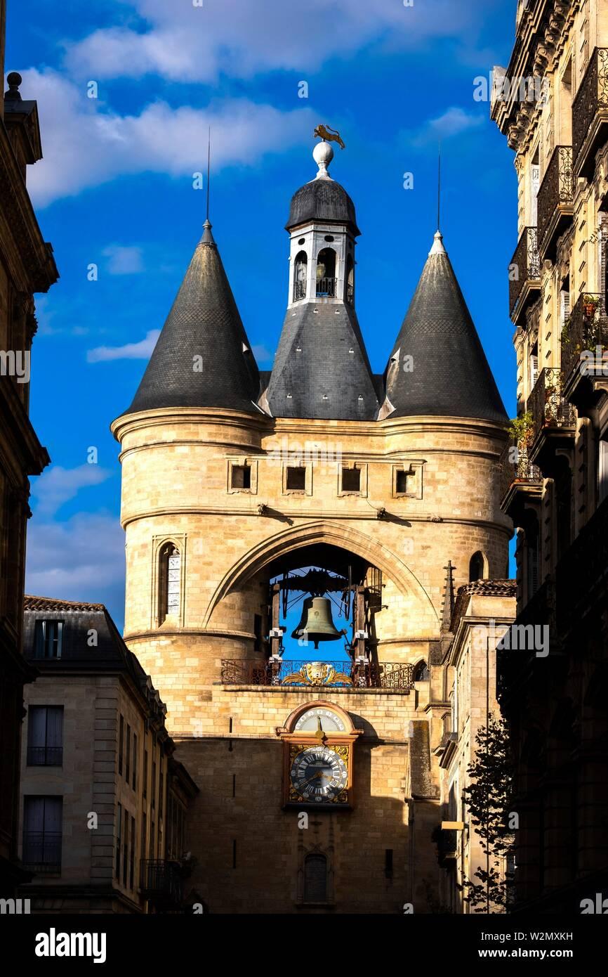 France, Nouvelle Aquitaine, Gironde, 'Grosse Cloche' on 'Tour Saint Eloï' gate, at Bordeaux. - Stock Image