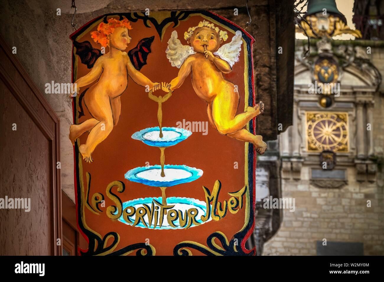 France, Nouvelle Aquitaine, Gironde, Café sign by the 'Grosse Cloche' , at Bordeaux. - Stock Image