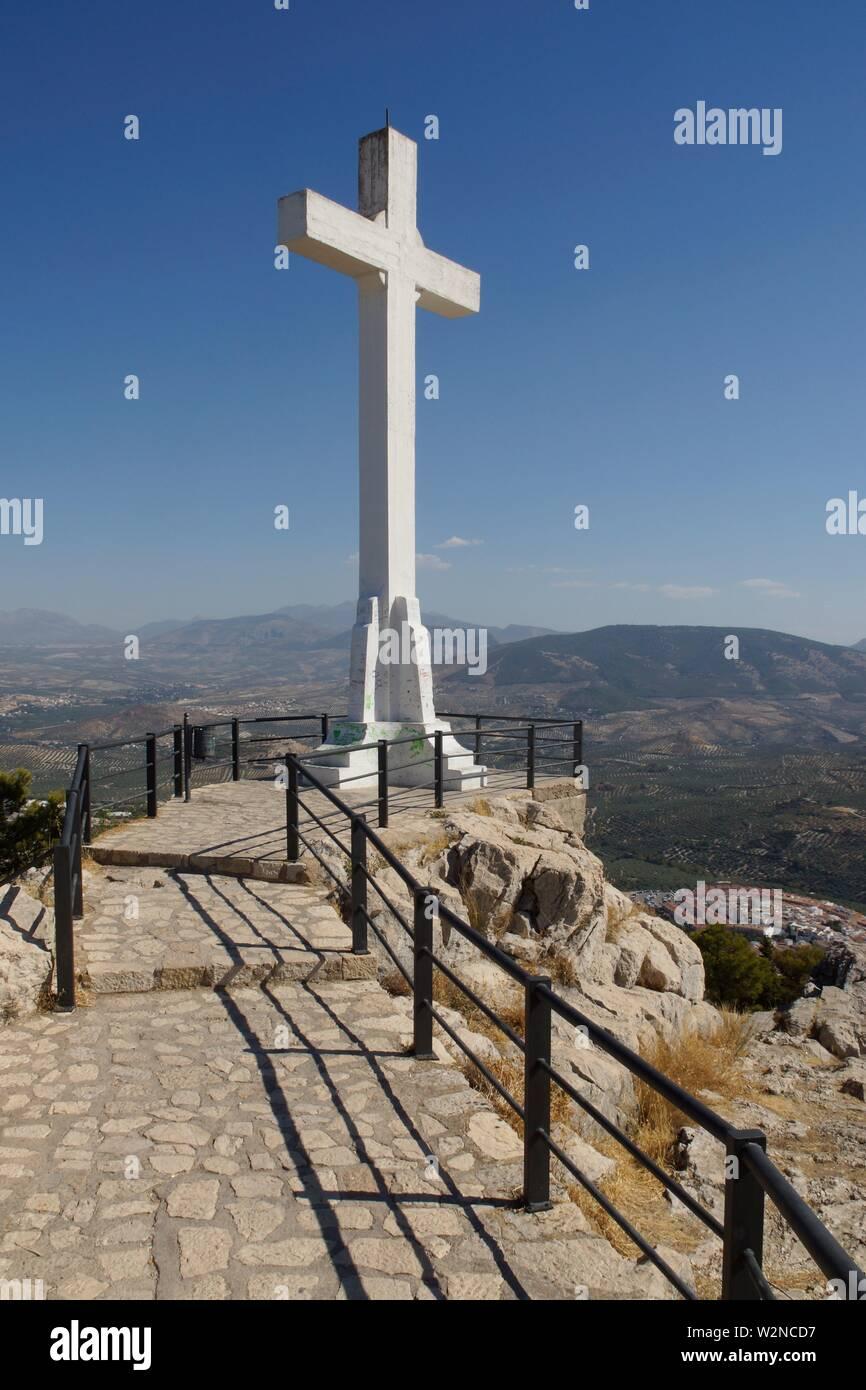 Jaén (Spain). Cross next to Santa Catalina Castle in the city of Jaén. - Stock Image