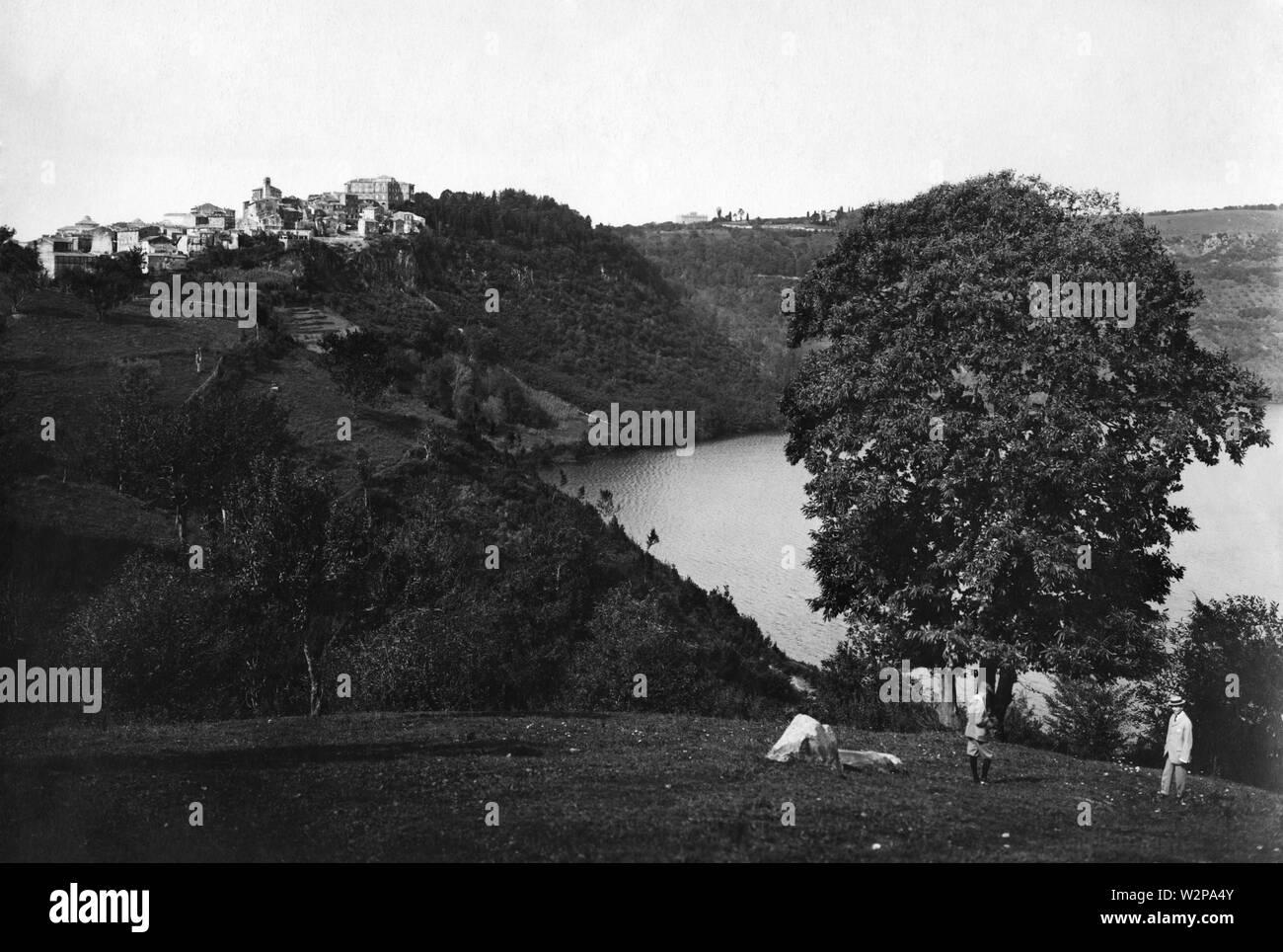 lazio, lake of nemi and view of genzano, 1910-20 - Stock Image