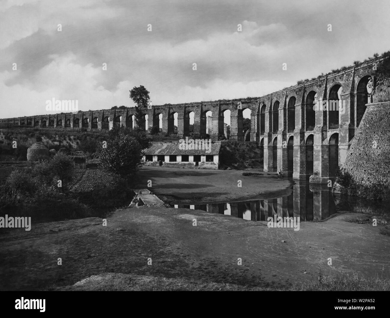 lazio, aqueduct of nepi, 1920 - Stock Image