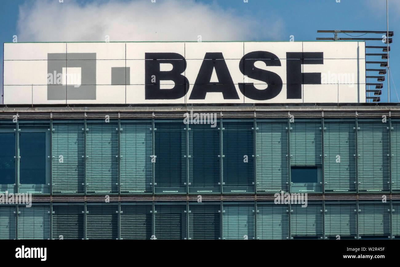 Berlin Basf logo Germany Stock Photo: 259893019 - Alamy
