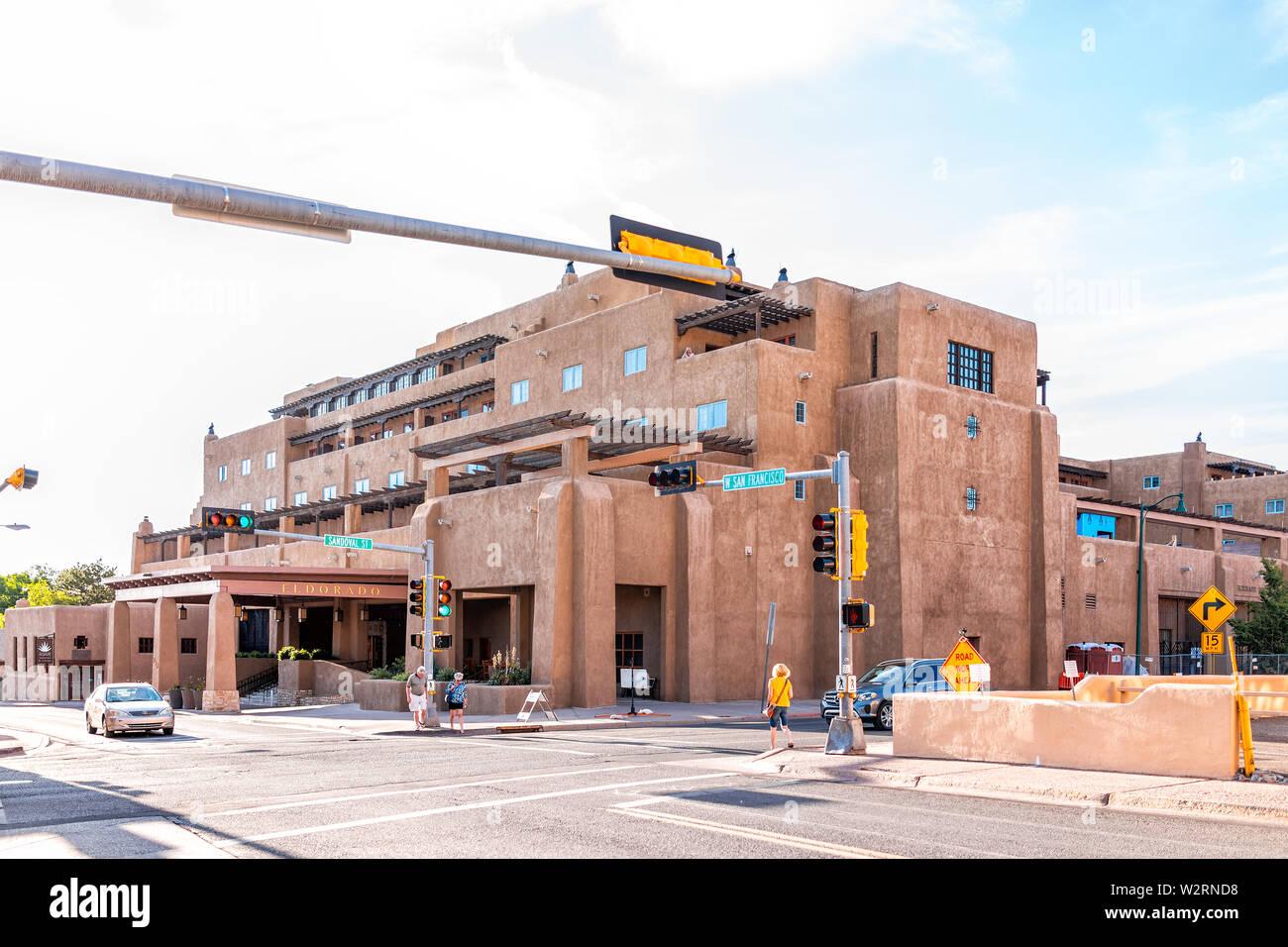 Old Town Santa Fe >> Santa Fe Usa June 14 2019 Old Town Street And Eldorado