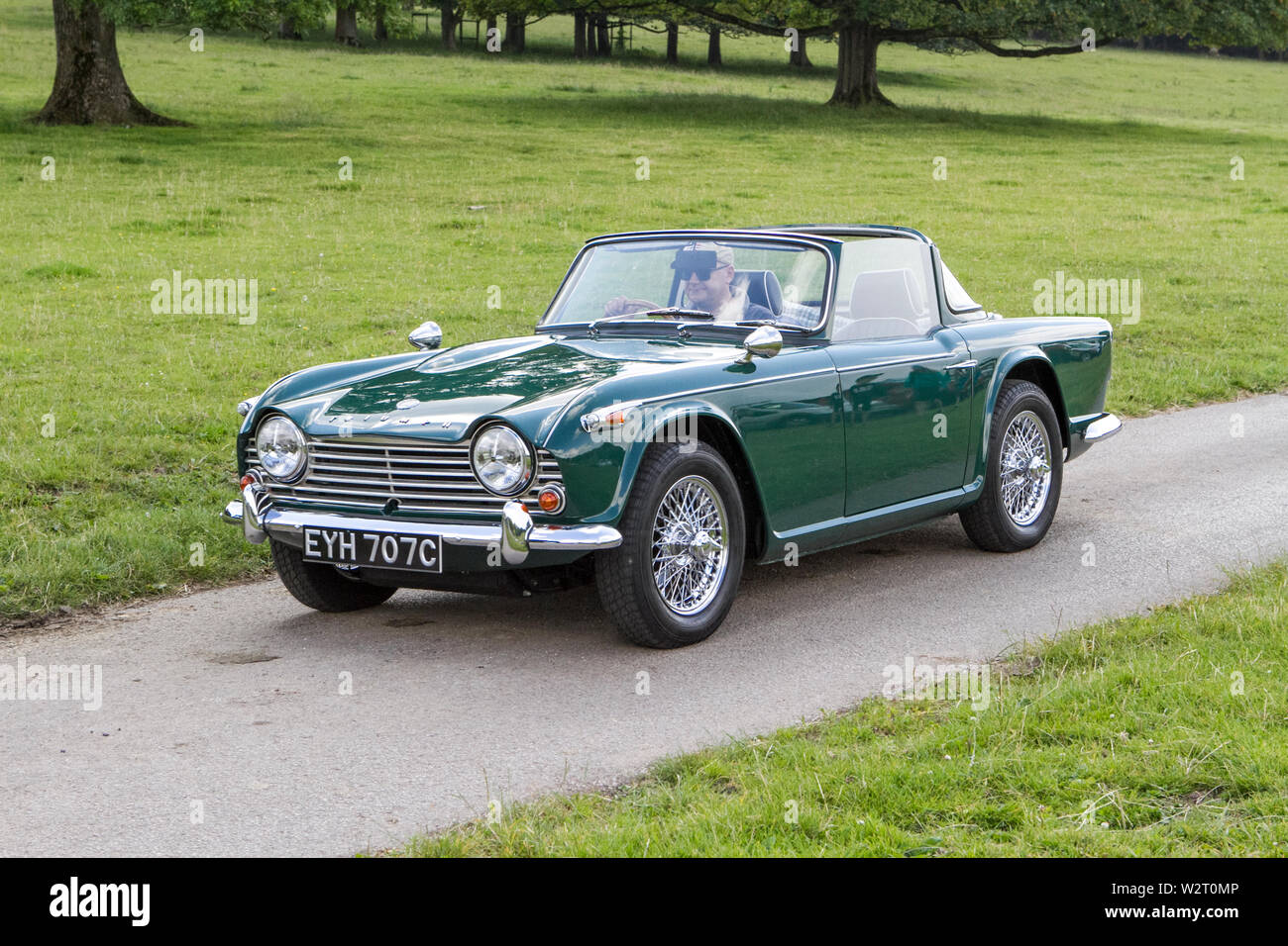 Classic Tr4a Stock Photos & Classic Tr4a Stock Images - Alamy