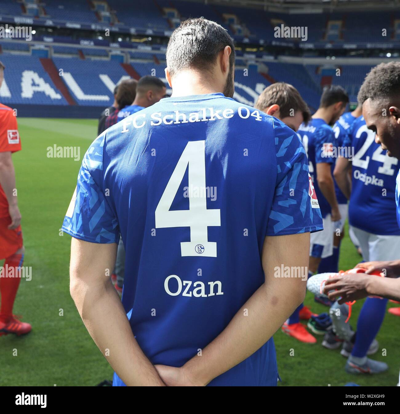 firo: 10.07.2019 football, 2019/2020 FC Schalke 04, jersey, Ruckennumemr 4, four, Ozan Kabak, back view   usage worldwide - Stock Image