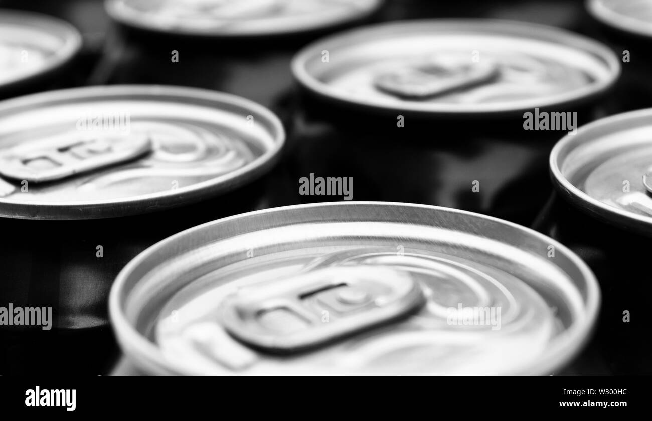 Aluminium Can Stock Photos & Aluminium Can Stock Images - Alamy