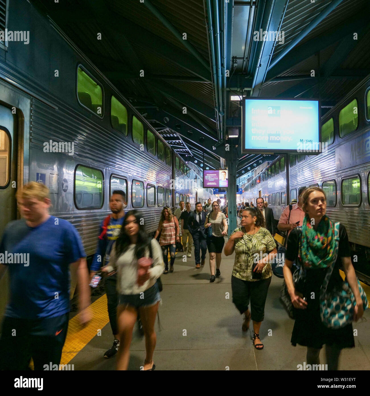 Blurred commuters, Ogilvie Transportation Center, Chicago, Illinois. - Stock Image